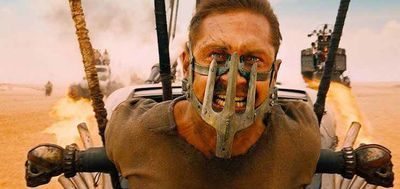 mad max fury road stasera in prima tv il film con charlize theron e tom hardy